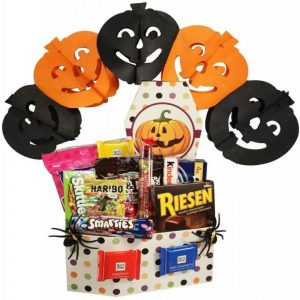 halloween-collection-large-gift-basket-in-israel-1