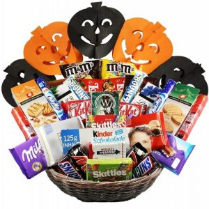 Attack The Snacks – Halloween Gift Basket Israel