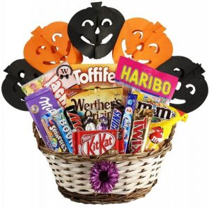 Best Treats Basket – Halloween Gift Basket In Israel
